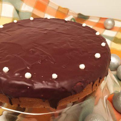 Torta morbida al mascarpone con glassa al cioccolato fondente Alice Dolce Vaniglia
